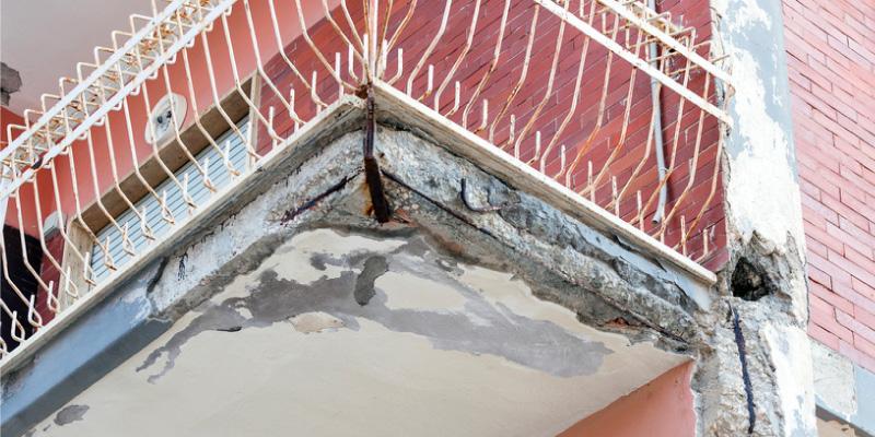 Exemple d'anomalies constructives sur un balcon